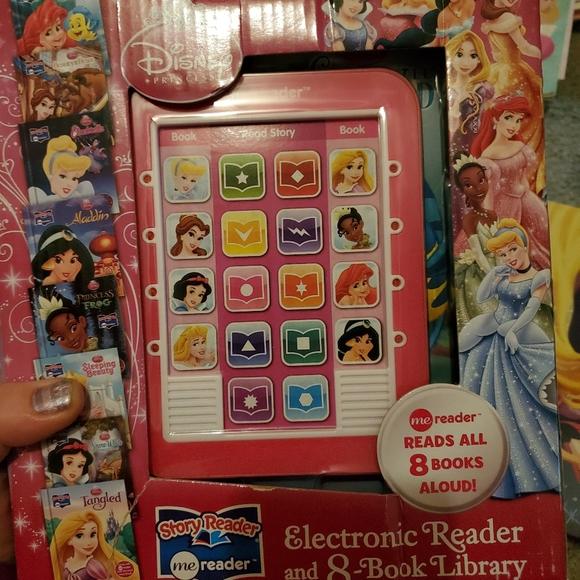 8 Disney princess storybook reader